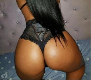 Melvina vip escort girls in Lodi, CA